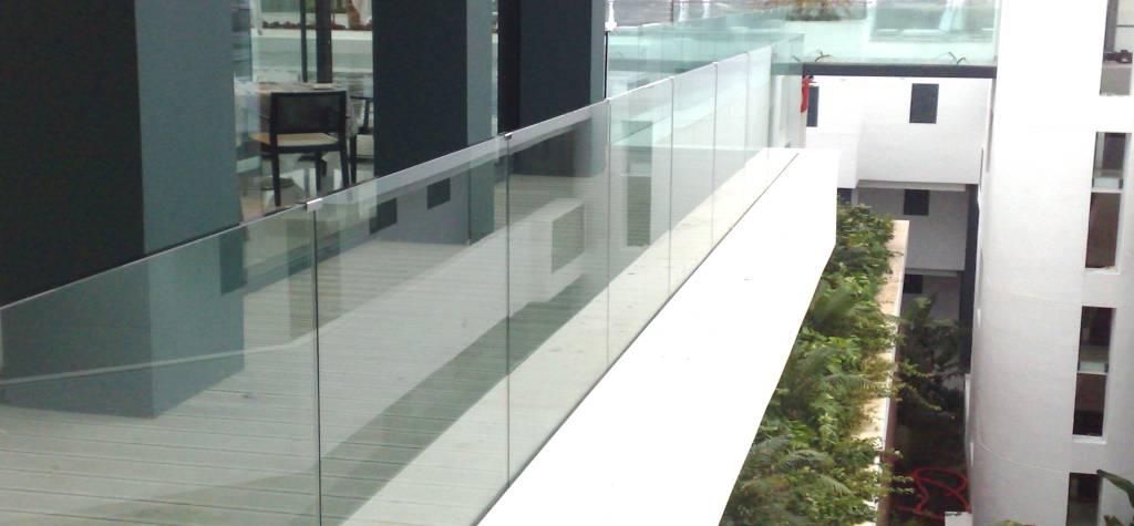Barandillas de cristal para terraza en España